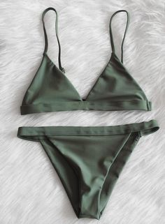 Pinterest: iamtaylorjess | Hunter green / earth tones / bikini