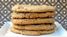 A yummy protein almond butter cookies recipe - hasfit gluten free cookie . Gluten Free Cookie Recipes, Healthy Cookie Recipes, Healthy Meals For Two, Gluten Free Cookies, Healthy Desserts, Raw Desserts, Paleo Treats, Cookies Healthy, Healthy Cake