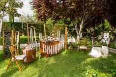¿Qué os parecería sorprender a vuestras invitadas de boda con este precioso Beauty Corner?