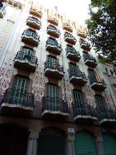 Karo Lyne Chamiel: Redescubriendo Barcelona / Rediscovering Barcelona
