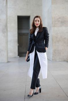 The only way to break up your jacket and pants? An oversize Gap button-down — genius! Source: Getty / Vanni Bassetti