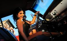 ( 2016 ) - HOT ROD and THE BEAUTIFUL PIN-UP GIRL 2016. -