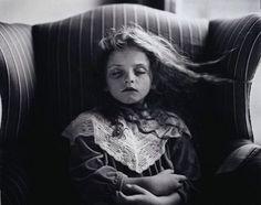 Hermosa nena.   post-mortem photography