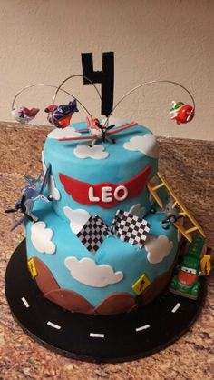 Disney Planes cake #Disney #Birthday #tall cake