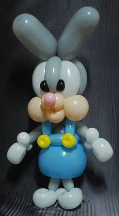 컨셉은 멜빵바지 입은 토끼의 모습입니다. 이 컨셉은 처음 만들어봤기 때문에.. 수정해야 될 부분이 눈에 ...