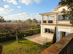 House in Antibes, France. 300sqm 5bedroom Villa in gated domaine. 1100sqm ground with heated pool. Beautiful terrace overlooking the Cap d'Antibes and the Bay with Living+kitchen, 4br and 3baths upstairs. 1bedroom 1bath+1 toilet, main kitchen-dining-living downstairs.  A f...
