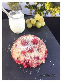 Dans la famille des bowl cakes, je demande les fruits rouges....     Quand j'ai besoin de faire le plein d'énergie, j'aime bien ce styl...
