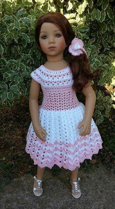 Crochet Baby Dress Pattern, Crochet Doll Dress, Baby Dress Patterns, Crochet Doll Clothes, Knitted Dolls, Girl Doll Clothes, Doll Clothes Patterns, Baby Knitting Patterns, Crochet Patterns