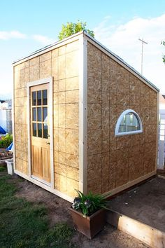 A backyard playhouse for $400! What a project!