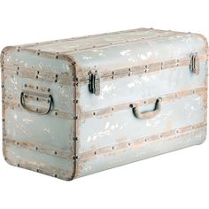 I love trunks -- and they're a great way to store items.