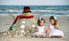 Christmas photos, christmas crafts, winter christmas, christmas holidays, b Christmas Photos, Winter Christmas, All Things Christmas, Christmas Holidays, Christmas Crafts, Beach Christmas Pictures, Merry Christmas, Holiday Photos, Beach Christmas Cards