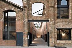 Passatge del Sucre es la recuperación y transformación de una antigua destilería de alcohol de 1916, en el Poblenou de Barcelona, llevada a cabo por el estudio de arquitectura Garcés - de…