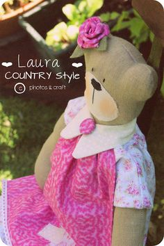 This is a sewing pattern (NOT a finished item!!!) with detailed instructions to make THIS A LOVELY TEDDY BEAR  h 50 cm  The tutorial is in