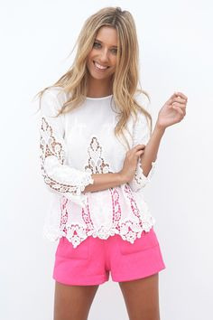 omg so cute   white lace top & pink shorts