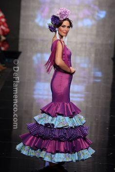 Fotografías Moda Flamenca - Simof 2014 - Mari Carmen Cruz 'Y... Sevilla' Simof 2014 - Foto 04
