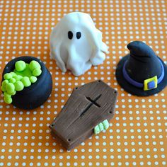 3D Halloween Party Collection Fondant Cupcake Toppers for Halloween Parties and Other Events