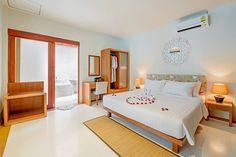 1BR PoolAccess Villa 5 min to beachfront in Thalang, Chang Wat Phuket, Thailand