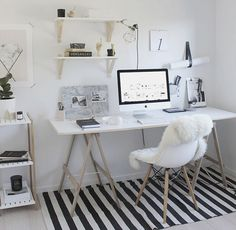 Home Decoration Ideas: Minimal Monochrome Black & White Office Space Inspiration - Simple Workspace Styling (The Design Chaser) Workspace Design, Home Office Design, Home Office Decor, Home Decor, Office Ideas, Office Setup, Small Workspace, Bureau Design, Office Inspo