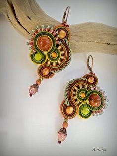 soutache earrings, green earrings, short dangle earrings, sand stones earrings