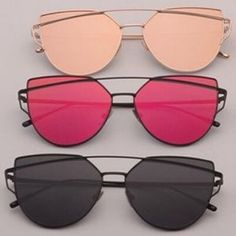 Black Celeb Aviator Sunglasses This listing is for solid black. The hottest trend in sunglasses. Cut out cat eye retro metal sunnies. Black Aviator Sunglasses, Pink Sunglasses, Sunglasses Accessories, Sunnies, Clean Gold Jewelry, Black Gold Jewelry, Rose Gold Mirrored Sunglasses, Sunglasses, Heels