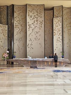 Sheraton Hotel Nansha Main Lobby Reception by HBA Design - H Team