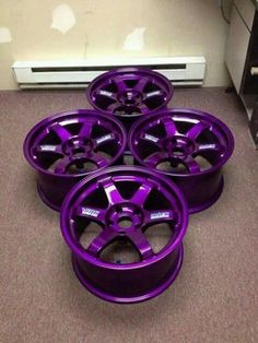 Purple rims would make my car the perfect colors (I need some of these on my purple car! Purple Love, All Things Purple, Shades Of Purple, Purple Cars, Purple Stuff, Pink Rims, Rims For Cars, Rims And Tires, Car Rims