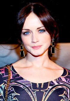 An Alexis Bledel Blog : Photo