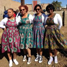 Stunning dungaree dresses South African Dresses, African Dresses For Kids, African Wear Dresses, African Fashion Designers, Latest African Fashion Dresses, African Print Fashion, Africa Fashion, African Attire, Ladies Day Dresses