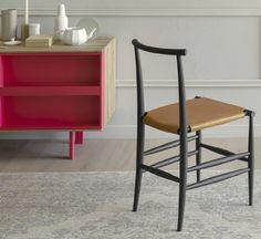 Pelleossa reflects the pure, refined style of his young and brilliant designer Francesco Facci for Miniforms.