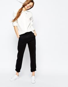 Trousers by Bethnals Non-stretch denim Concealed zip fly Side and back patch pockets Tapered fit - cut loosely around the thigh and tapered from the knee to the ankle Machine wash Cotton Our model wears a UK 4 and is tall Pantalon Slouchy, Slouchy Pants, Cropped Pants, Tapered Trousers, Pants For Women, Clothes For Women, Models, Latest Fashion Clothes, Mannequin