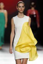 Amaya Arzuaga Mercedes-Benz Fashion Week Madrid Septiembre 2016 - Ediciones…