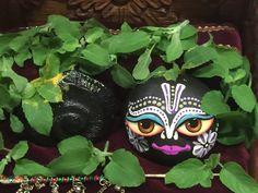 Radha Krishna Pictures, Krishna Radha, Lord Vishnu, Lord Shiva, Cute Krishna, Srila Prabhupada, Laddu Gopal, Stone Crafts, Indian Gods