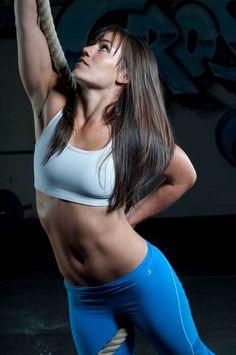 Camille LeBlanc-Bazinet another inspiration body I will achieve! Fitness Inspiration, Crossfit Inspiration, Body Inspiration, Best Weight Loss, Weight Lifting, Camille Leblanc Bazinet, Model Training, Ab Training, Training Programs