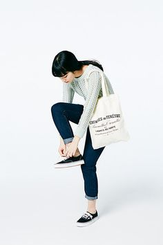 Pose Reference Photo, Female Reference, Figure Reference, Design Reference, Komatsu Nana, Cut Out People, Anatomy Poses, Figure Photo, Figure Poses