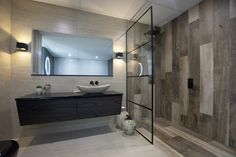 Specialists in made to measure Frameless Shower Glass and Bath Screens. The highest quality in shower installations. Bath Screens, Shower Installation, Luxury Shower, Frameless Shower, Shower Screen, Glass Shower, Sweet Home, Bathtub