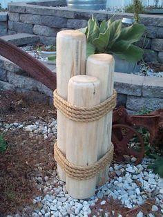décor de jardin esprit bord de mer à faire soi-même- poteaux d'amarrage en bois et corde