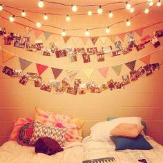 Decoración de dormitorios con fotos y luces de navidad