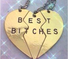 Best friends necklaces OMG we need these!!! @Jasmine Ann Williams Toan and @Chloe Allen Allen Hurley