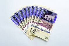 Cash payments to financial advisers 'break spirit' of RDR rules, says regulator #investment