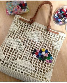Marvelous Crochet A Shell Stitch Purse Bag Ideas. Wonderful Crochet A Shell Stitch Purse Bag Ideas. Filet Crochet, Bag Crochet, Crochet Shell Stitch, Crochet Handbags, Crochet Purses, Purse Patterns, Crochet Patterns, Crochet Ideas, Macrame Bag