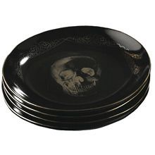Skull Plates for Halloween everyday use. Gothic House, Victorian Gothic, Kitchen Items, Kitchen Decor, Kitchen Supplies, Goth Home Decor, Skull Decor, Kitchen Witch, Skull And Bones