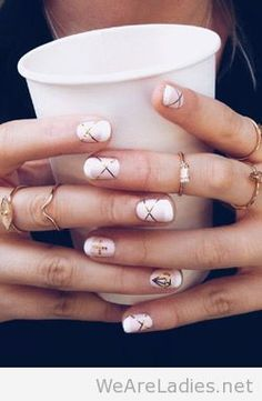 Piccsy :: Awesome manicure and golden rings nails