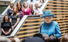 Queen Elizabeth II Photos - Queen Elizabeth II makes a speech as she tours the Home Office building on November 12, 2015 in London, England. - The Queen Visits the Home Office
