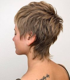 Trendy Very Short Haircuts for Women will be in 2020 women hair trends. In Hollywood, Angelina Jolie and Christine Stewart had used this hair style. Shaggy Short Hair, Short Shag Hairstyles, Very Short Haircuts, Short Thin Hair, Short Hair Cuts For Women, Short Hair Styles, Mullet Haircut, Mullet Hairstyle, Punk Pixie Haircut