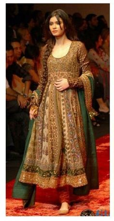 Anarkali + braid = gorgeous!