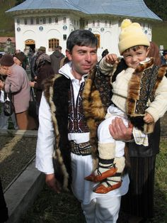 Fundu Moldovei is a quiet village with friendly and hospitable people and lies on a height of 745 meters in the Obcinele Bucovinei, which means high hills of the Bucovina. Mountain Climbing Gear, Ukraine, Winter Hats, Traditional, People, Costumes, Image, Shoes, Style