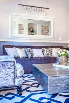 Love the silver coffee table. Seems like it would be reasonably easy to make.