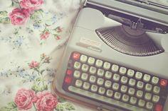 [Hoje é Dia] do Escritor! - Mente Hipercriativa