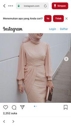 Kebaya Muslim, Muslim Dress, Hijab Dress, Peplum Dress, Batik Fashion, Hijab Fashion, Fashion Dresses, Kebaya Brokat, Batik Dress