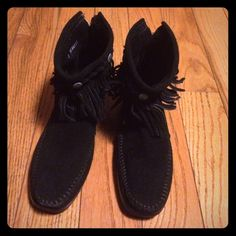 Black Minnetonka Ankle Booties Black Minnetonka Ankle Booties only tried on. No trade or low balling. Minnetonka Shoes Ankle Boots & Booties